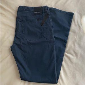 Joe's Jeans 👖 Brixton Straight + Narrow